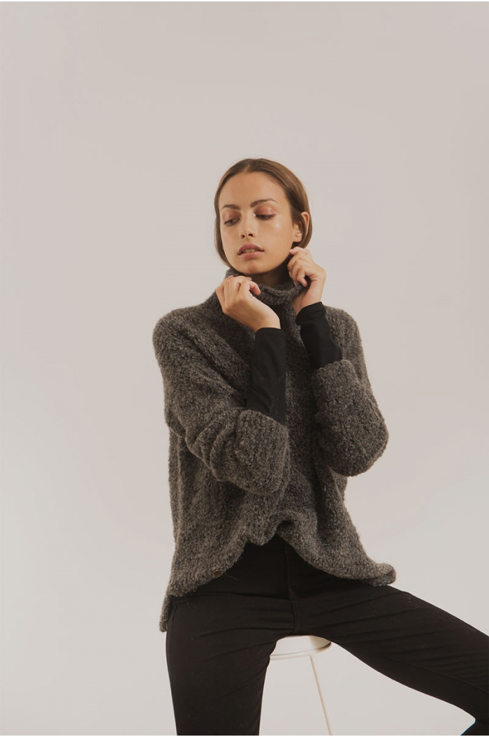 Modotti Turtleneck in Charcoal