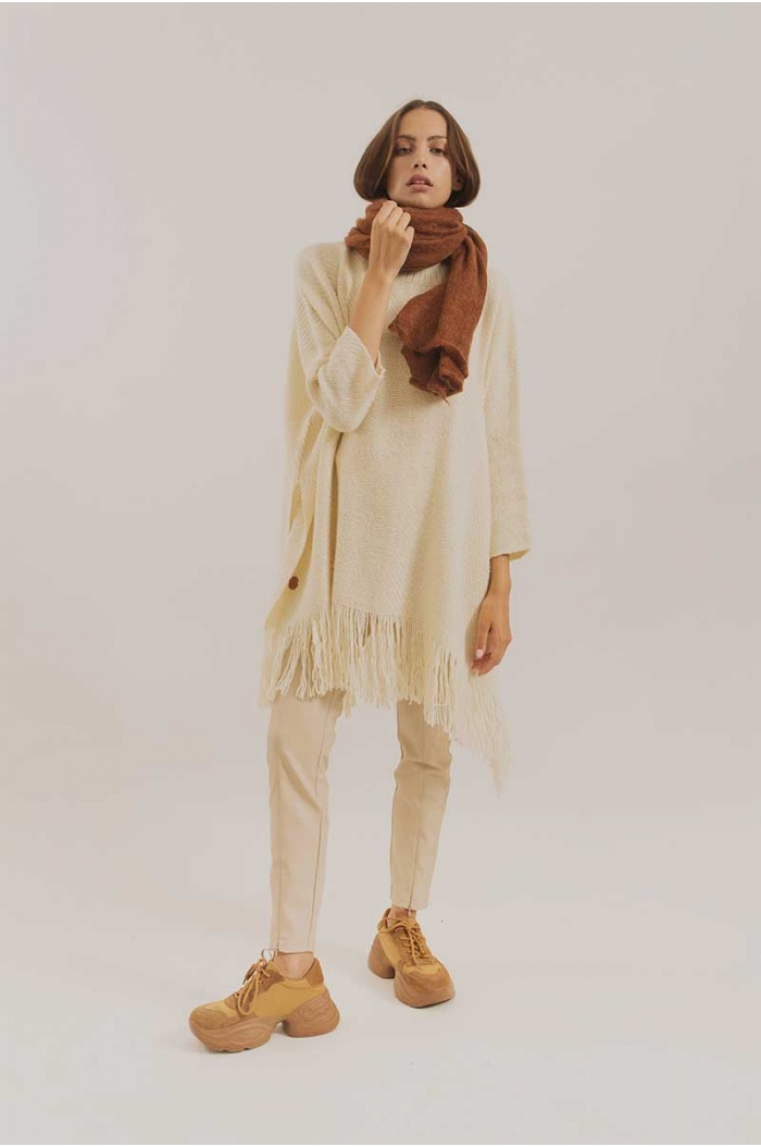 Poncho With Sleeves Silky in White