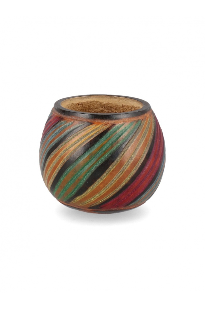 Striped Carved Mate