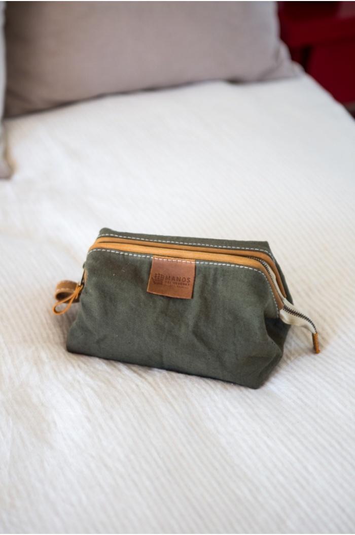 Militar Green Leather Alamo Necessaire