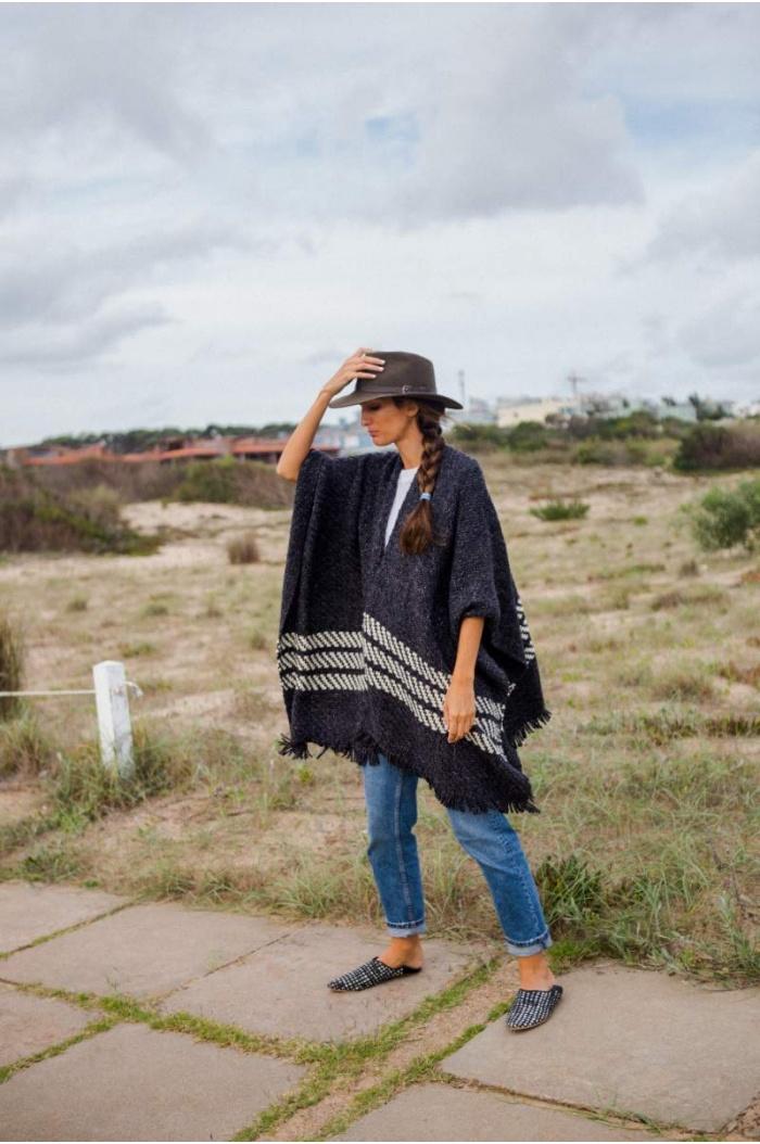 Potrero Poncho in Black