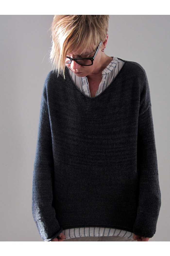 Ashes Sweater by Isabell Kramer