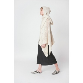 Huella Off-White Cape