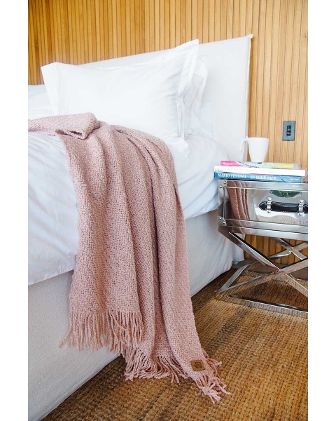 Huella Rose Throw