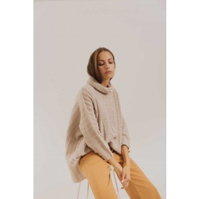 Sweater Poncho Cream in Merino